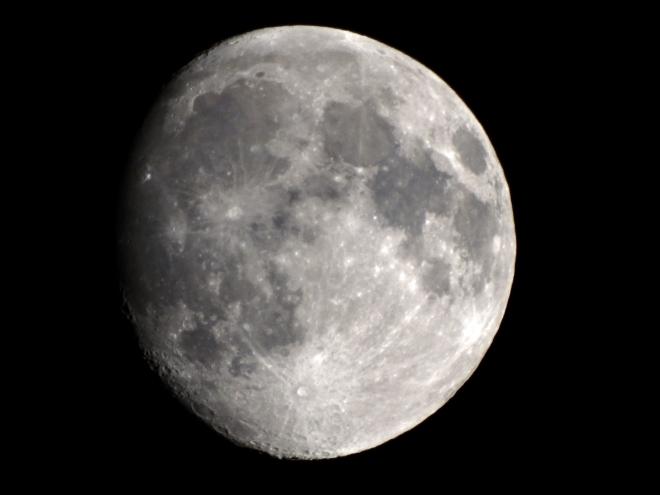 Moon-BW-6_13