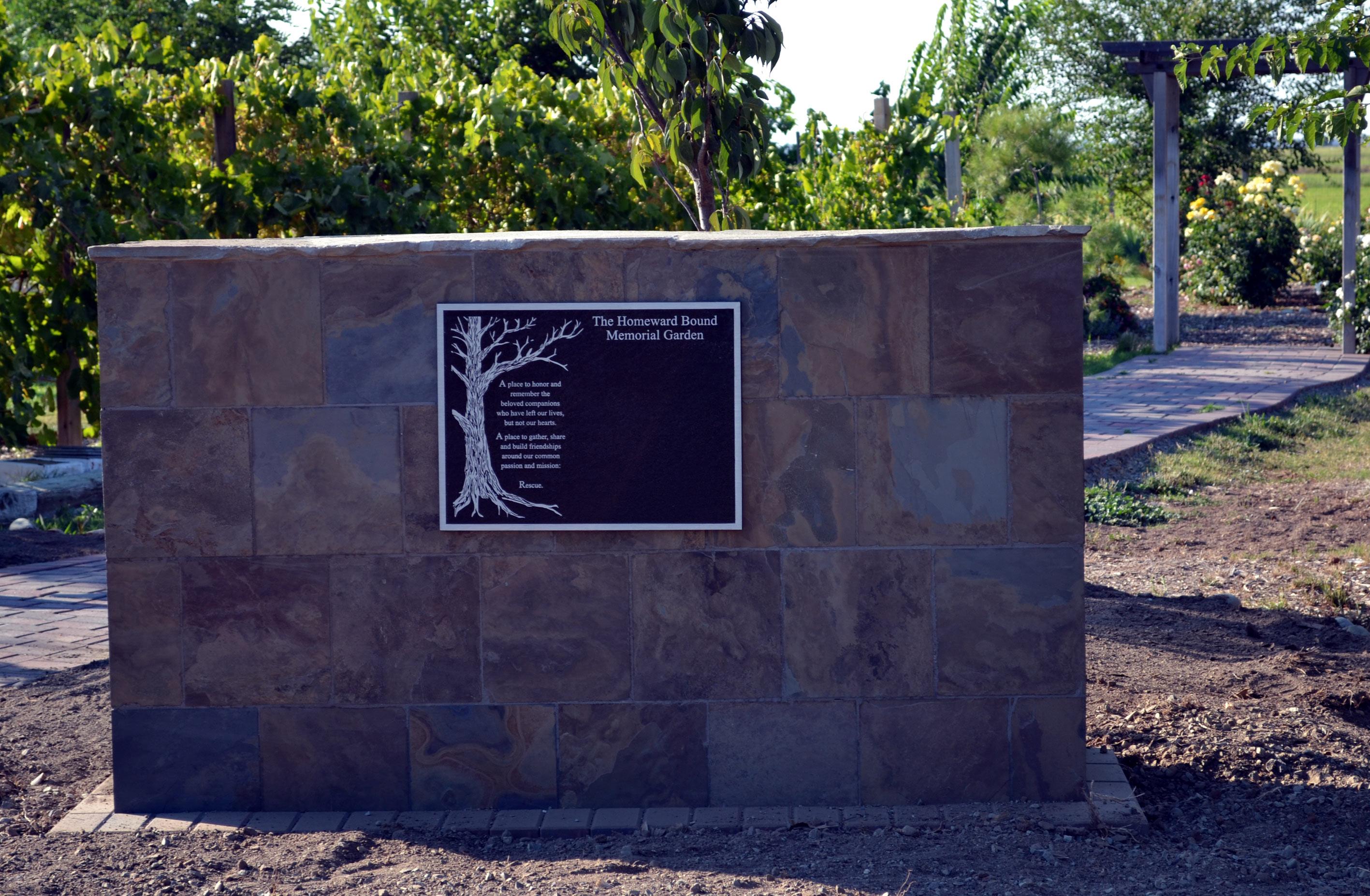 Garden wall plaques - Memorial Garden Wall Plaque