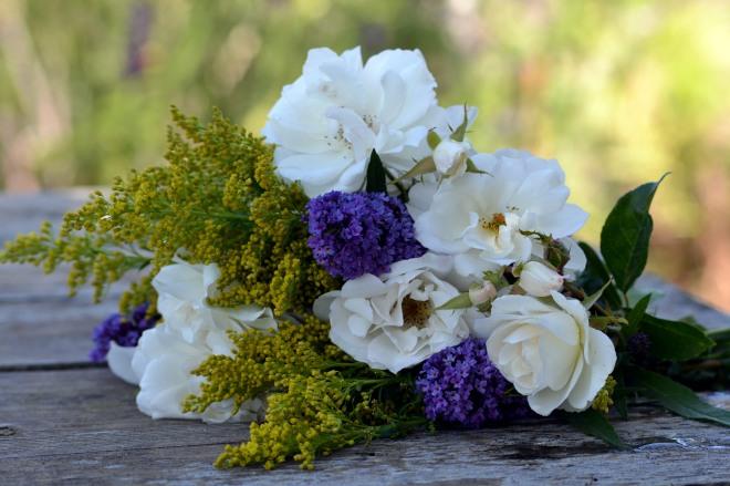 Brides-Maid-Bouquets